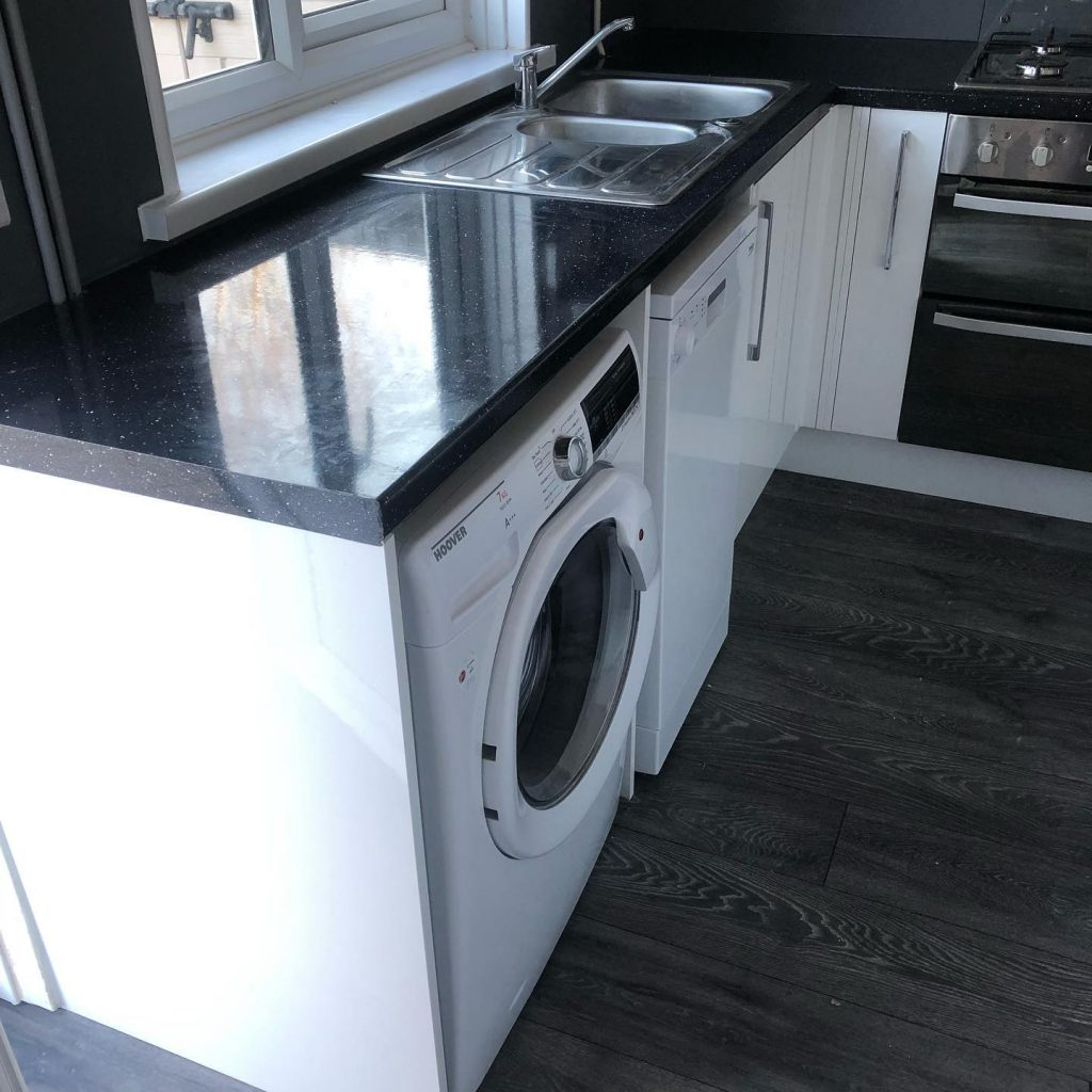 Kitchen Installation (White, Black & Grey) In Blenheim Drive, Bicester Bicester Property Interiors