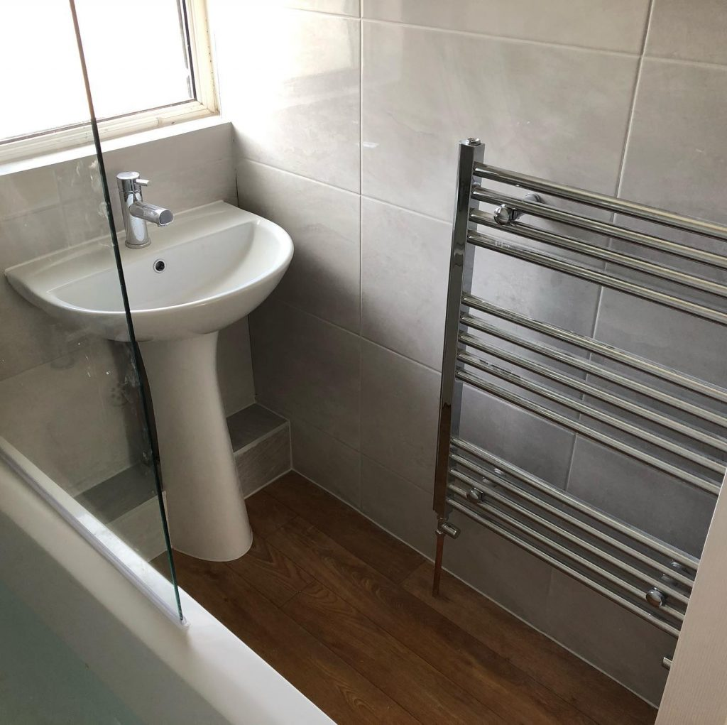 Bathroom Installation (Grey Gloss) Wolvercote, Oxford Bicester Property Interiors